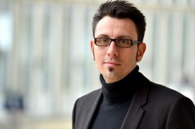 33 Dr. Sebastian Ritter