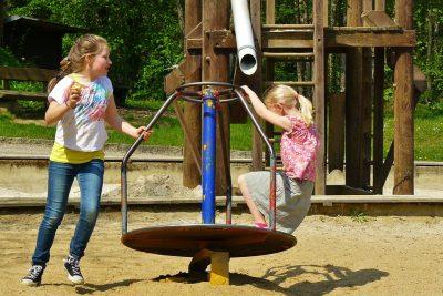 children-playing-334531_960_720